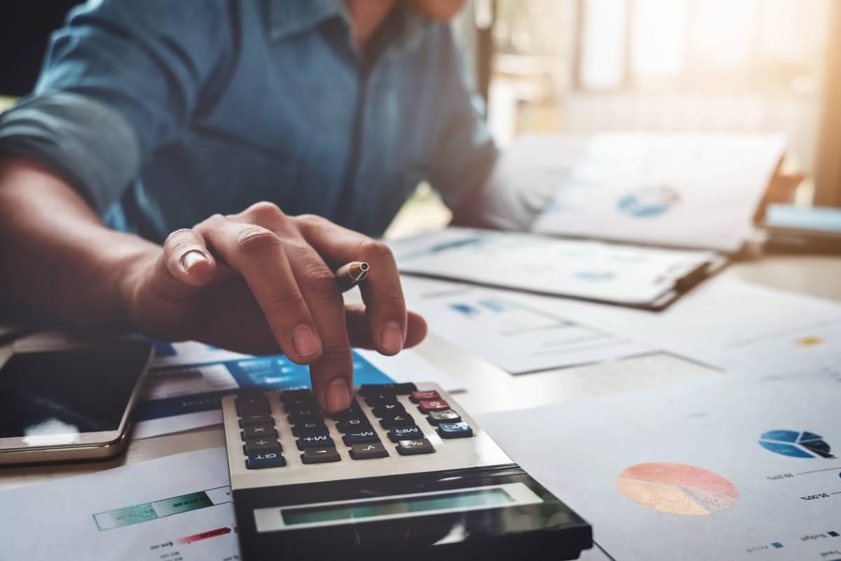 Sort fiscal du rachat des cotisations au contrat d'assurance retraite.